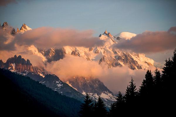 Montroc, Vue Sur Le Mont-Blanc Et Les Aiguilles D'Argentière