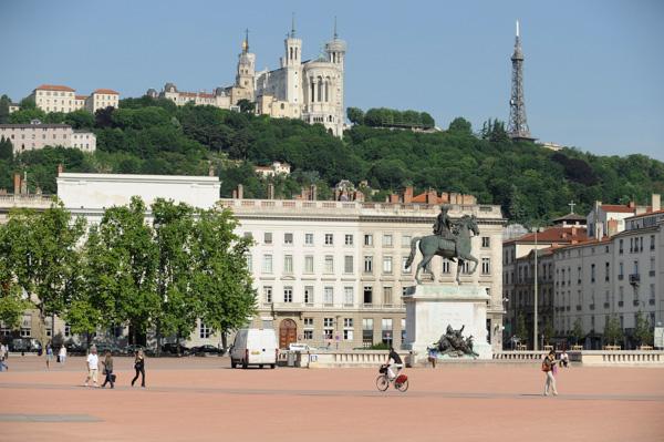 Place Bellecour, Statue équestre De Louis XIV.