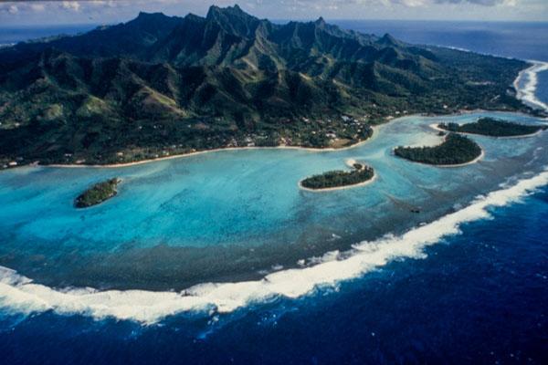 Rarotonga. Le Lagon Et Les Plages De Muri Beach